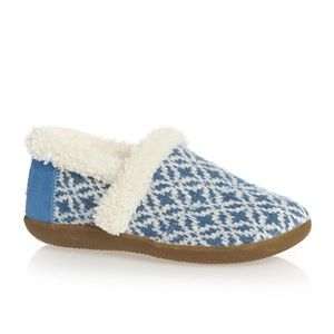TOMS Blue Fair Isle Youth Slippers